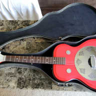 <p>Supro Folkstar 1965 Red Res-O-Glass w/ Orig case (neck needs work)</p>  for sale