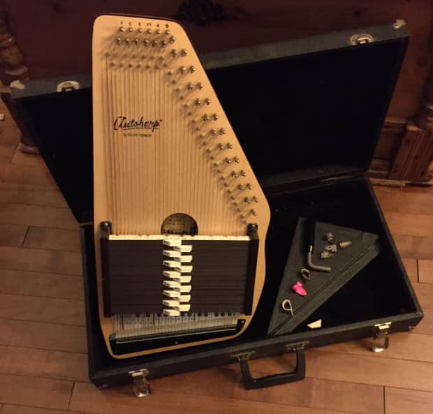 1976 Vintage Fender Vibrolux Reverb   1000 00 likewise Hercules Stand moreover Oscar Schmidt Os10015 Autoharp additionally 1559884 Oscar Schmidt 21 Chord Autoharp Solid Spruce Top Mahg Back Os10021 moreover Osc Ssb30f. on oscar schmidt autoharp parts
