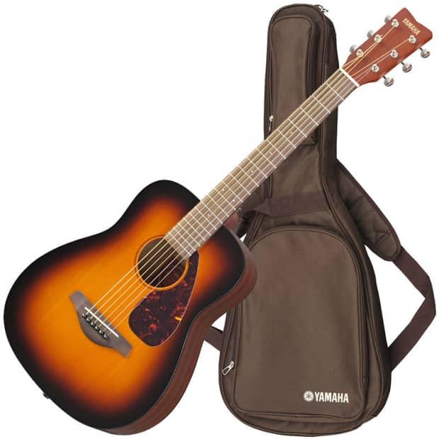 Yamaha jr2 tobacco sunburst 3 4 size acoustic guitar with for Yamaha jr2 3 4