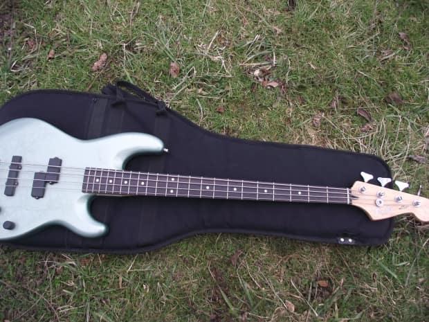 fender zone p j 4 string active bass reverb. Black Bedroom Furniture Sets. Home Design Ideas