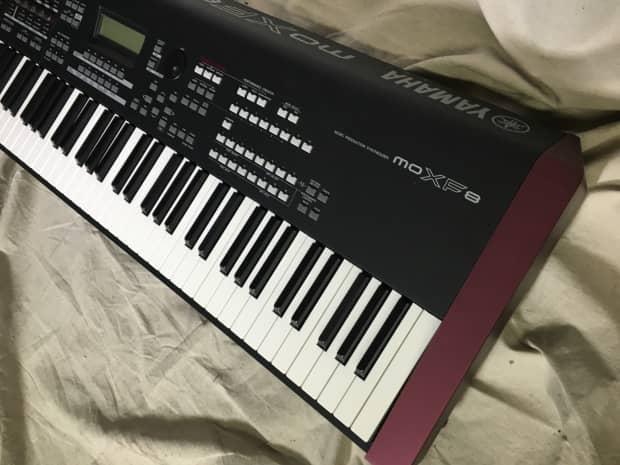Yamaha keyboard yamaha moxf8 88 key keyboard workstation for Yamaha moxf8 88