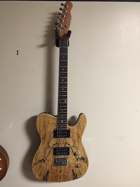Fender Special Edition Custom Telecaster W Spalted Maple