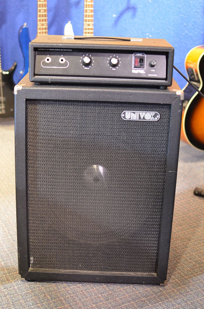 univox ub 250 head and cabinet bass amp reverb. Black Bedroom Furniture Sets. Home Design Ideas