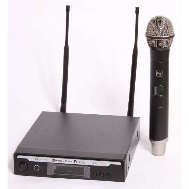 electro voice r300 hd wireless handheld microphone system reverb. Black Bedroom Furniture Sets. Home Design Ideas