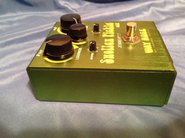 way huge swollen pickle fuzz guitar effects pedal reverb. Black Bedroom Furniture Sets. Home Design Ideas