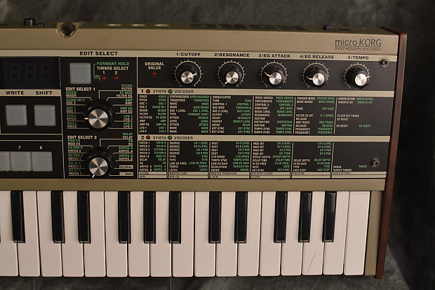 korg microkorg mini synthesizer w power supply and vocoder reverb. Black Bedroom Furniture Sets. Home Design Ideas