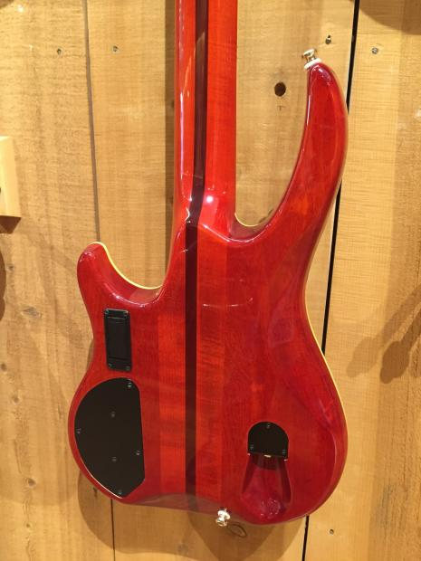 brian moore i5 bass cherry sunburst high end 5 string bass neck thru with case reverb. Black Bedroom Furniture Sets. Home Design Ideas