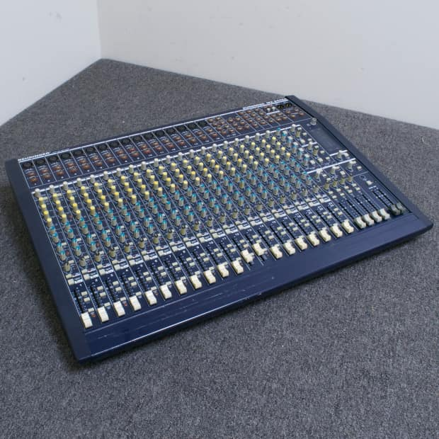 behringer eurodesk mx2442a 24 channel mixer for repair reverb. Black Bedroom Furniture Sets. Home Design Ideas