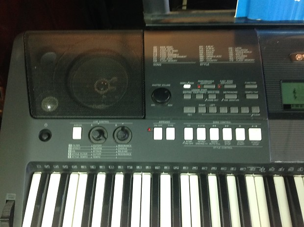 yamaha psr e423 portable keyboard with power cable supply. Black Bedroom Furniture Sets. Home Design Ideas