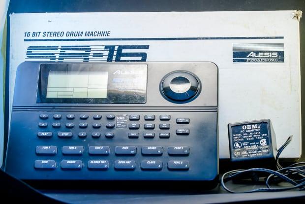 alesis drum machine sr 16 manual