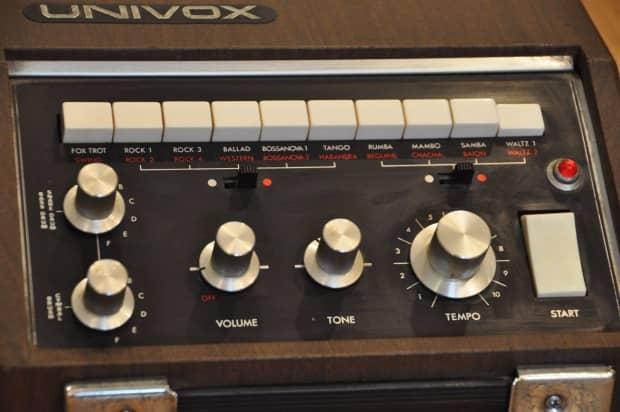 SOLD! Vintage Univox SR-55 Electronic Analog Drum Machine