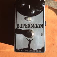 Mr Black Supermoon Chrome 2015 image