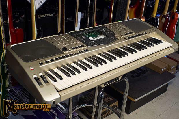 yamaha psr 2000 keyboard 2000 39 s silver reverb. Black Bedroom Furniture Sets. Home Design Ideas