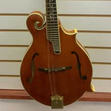 Alvarez F3 Traditional F-Style Solid Wood Mandolin With Hard Case image