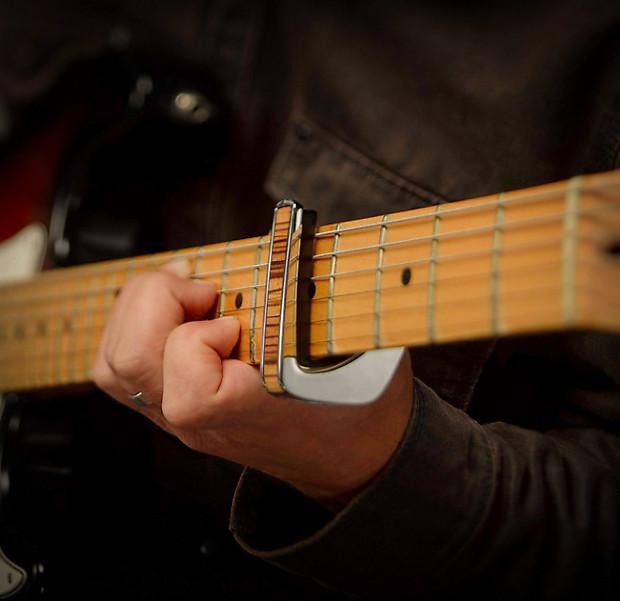 thalia capos 200 series professional guitar capo w 14 reverb. Black Bedroom Furniture Sets. Home Design Ideas