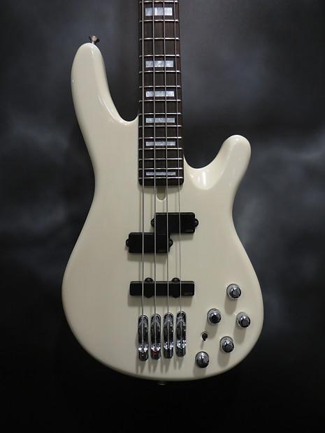 Yamaha Guitars In Richmond Va