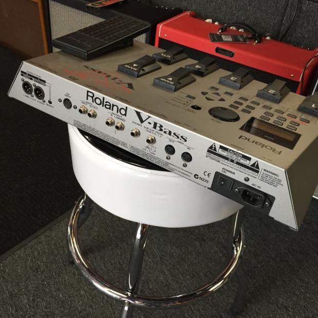 roland v bass bass multi effect gk synth sound module pedal processor reverb. Black Bedroom Furniture Sets. Home Design Ideas