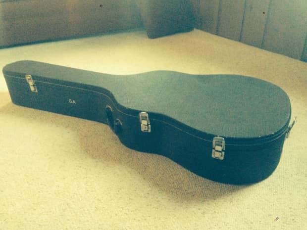 guitar case hardshell plush lined fits gibson es 175 reverb. Black Bedroom Furniture Sets. Home Design Ideas