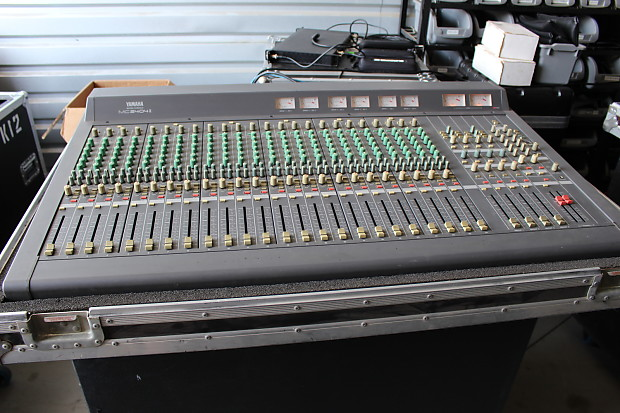 Yamaha mc2404 ii live mixing console reverb for Yamaha live console