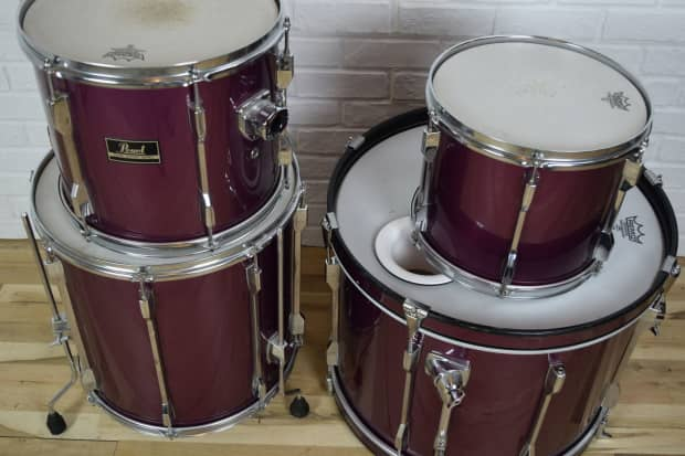 pearl export 4 piece drum set kit excellent used drums for reverb. Black Bedroom Furniture Sets. Home Design Ideas