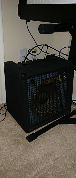 yamaha p 80 weighted keyboard combo with roland kc 60 amp reverb. Black Bedroom Furniture Sets. Home Design Ideas