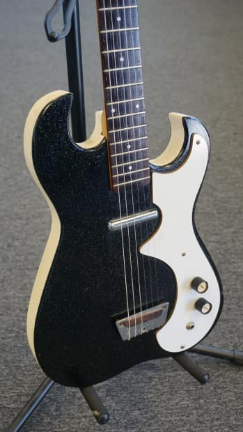 vintage sears silvertone 1448 electric guitar with tube case reverb. Black Bedroom Furniture Sets. Home Design Ideas