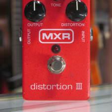 MXR Distortion III image