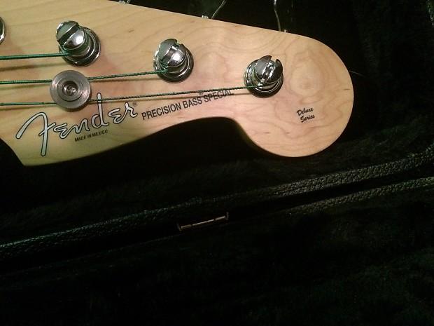 Vinyl Precision Bass Pickguard