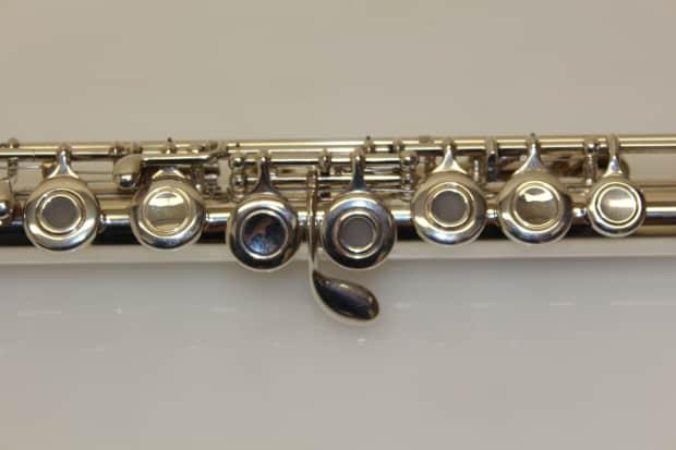 Yamaha Intermediate Flute Used