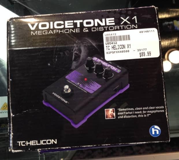 tc helicon voicetone x1 black purple vocal distortion reverb. Black Bedroom Furniture Sets. Home Design Ideas