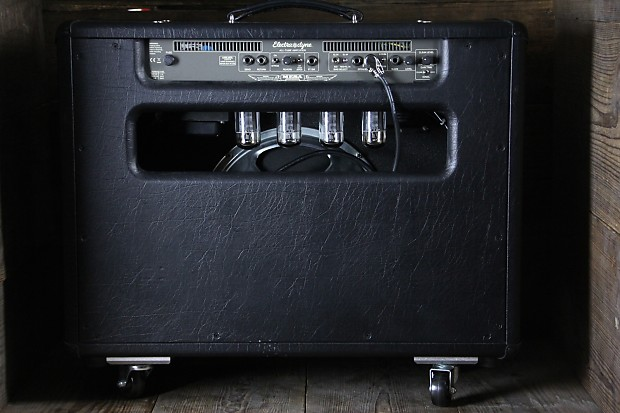 used mesa boogie electra dyne 1x12 combo w caster reverb. Black Bedroom Furniture Sets. Home Design Ideas
