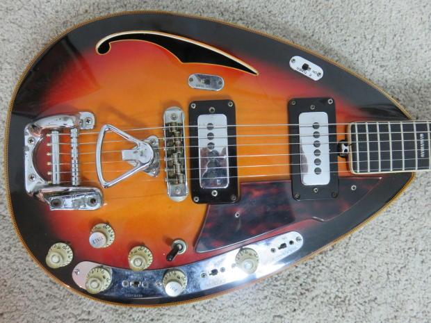 vintage 1967 vox starstream guitar sunburst 6 string hollowbody with case effects work clean. Black Bedroom Furniture Sets. Home Design Ideas
