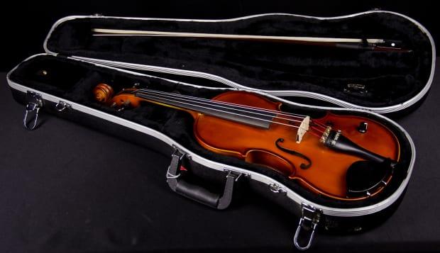 Used Silver Creek Sc3el 4 4 Electric Violin Barcus Berry