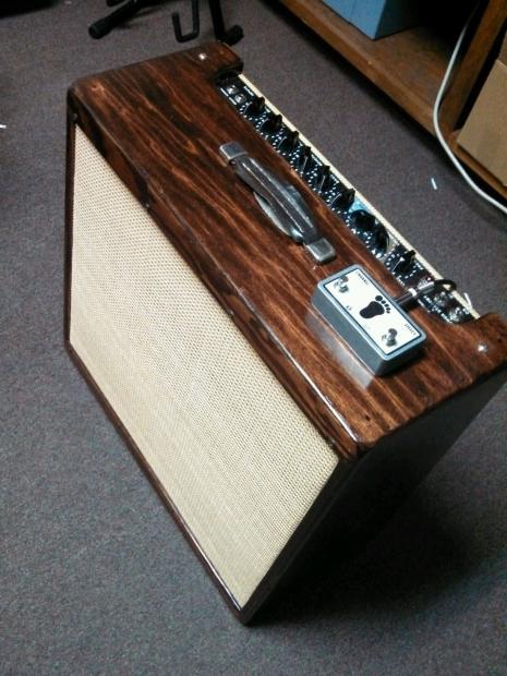 peavey classic 50 4x10 with custom footswitch and refinished cab lpo reverb. Black Bedroom Furniture Sets. Home Design Ideas