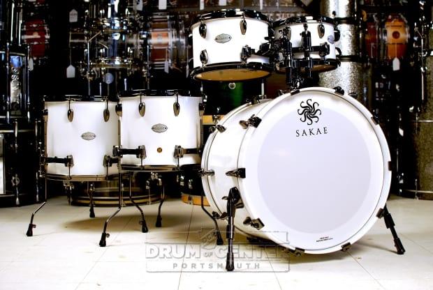 Sakae celestial 5pc drum set shell pack pearl white w for 16x14 floor tom
