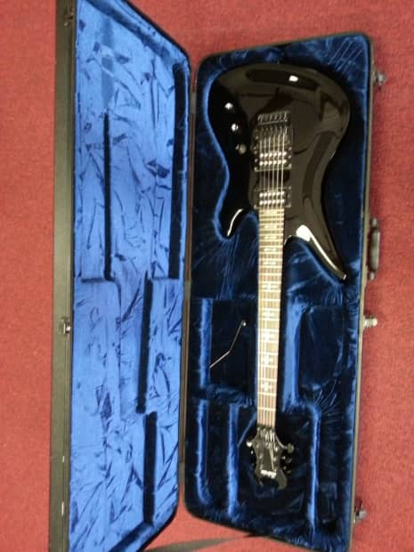 Schecter Synyster Gates Deluxe Black W Schecter Molded