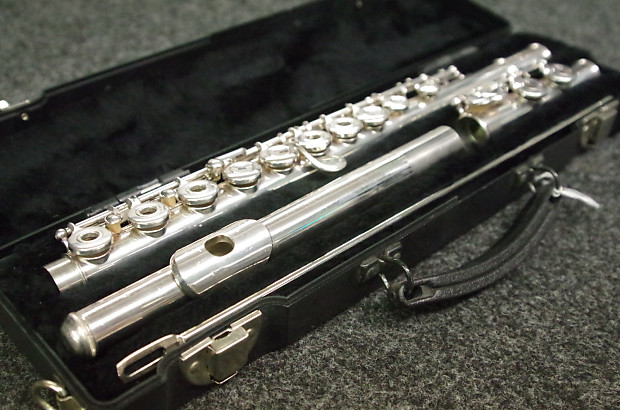 Yamaha 285sii open hole flute reverb for Piccolo prices yamaha