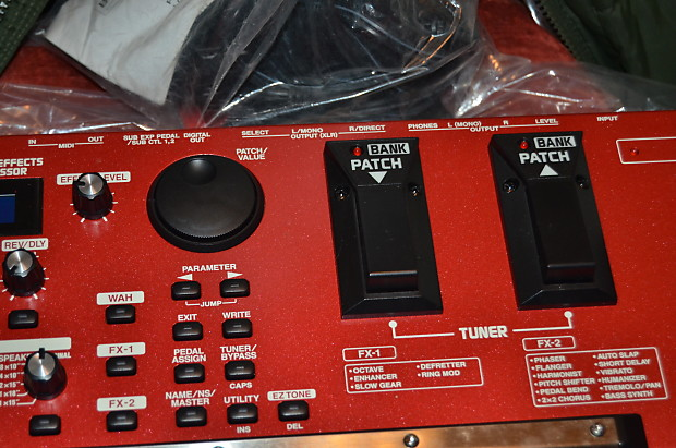boss gt 6b bass effects processor red reverb. Black Bedroom Furniture Sets. Home Design Ideas