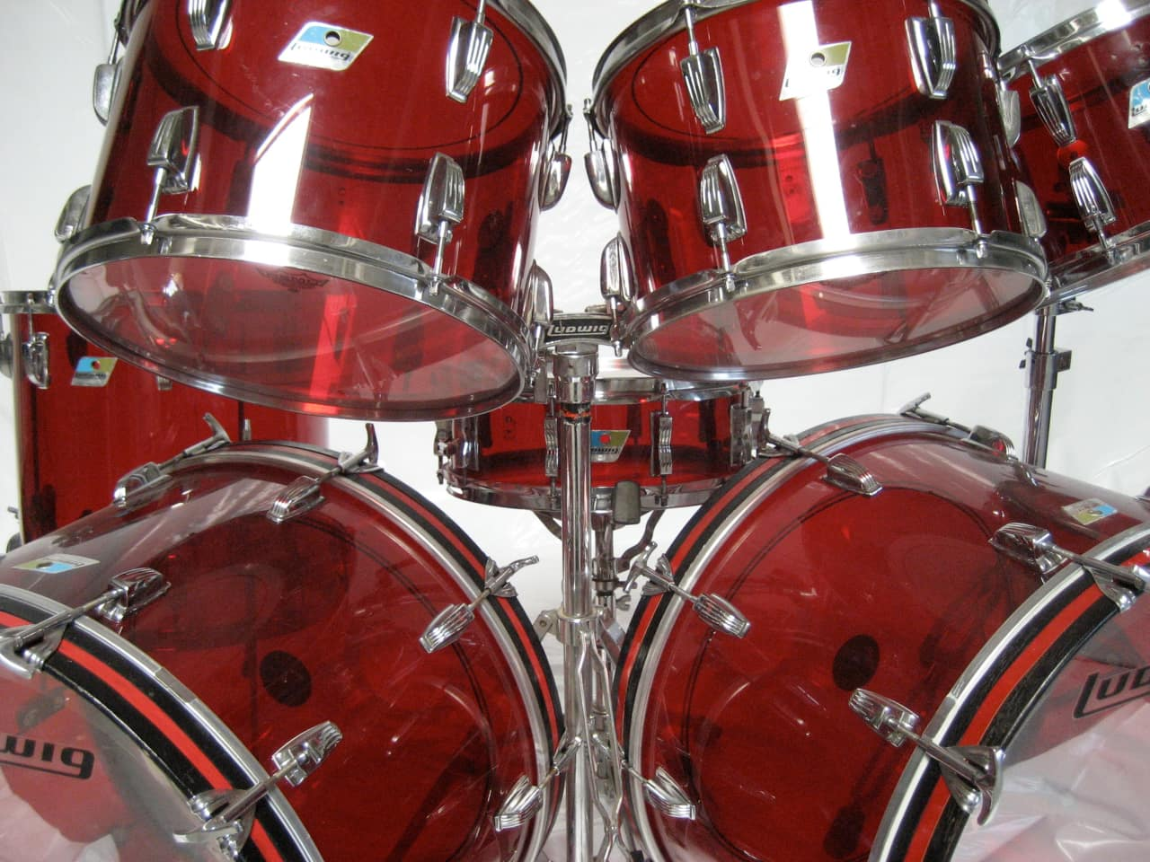 1970 red ludwig vistalite 8 piece drum set reverb. Black Bedroom Furniture Sets. Home Design Ideas