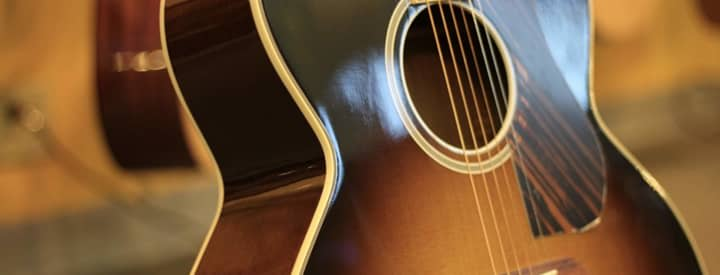 Reverb Quiz: Which Classic Acoustic Guitar Are You?