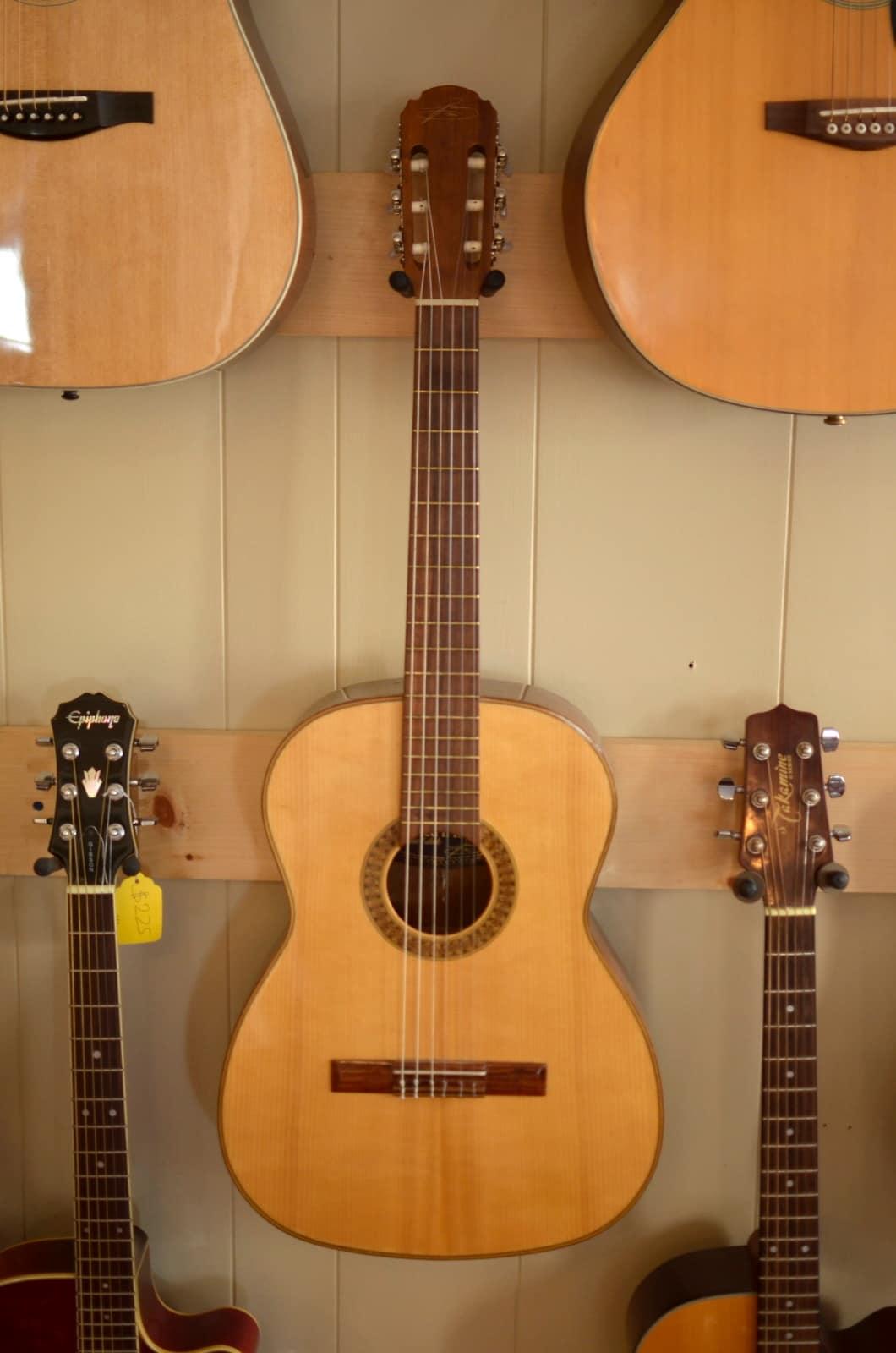 giannini 1900 serie estudo classical acoustic guitar made in reverb. Black Bedroom Furniture Sets. Home Design Ideas