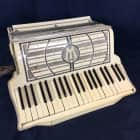 Vintage Wurlitzer Accordion. Nice Looking. Good to Very Good Condition. image