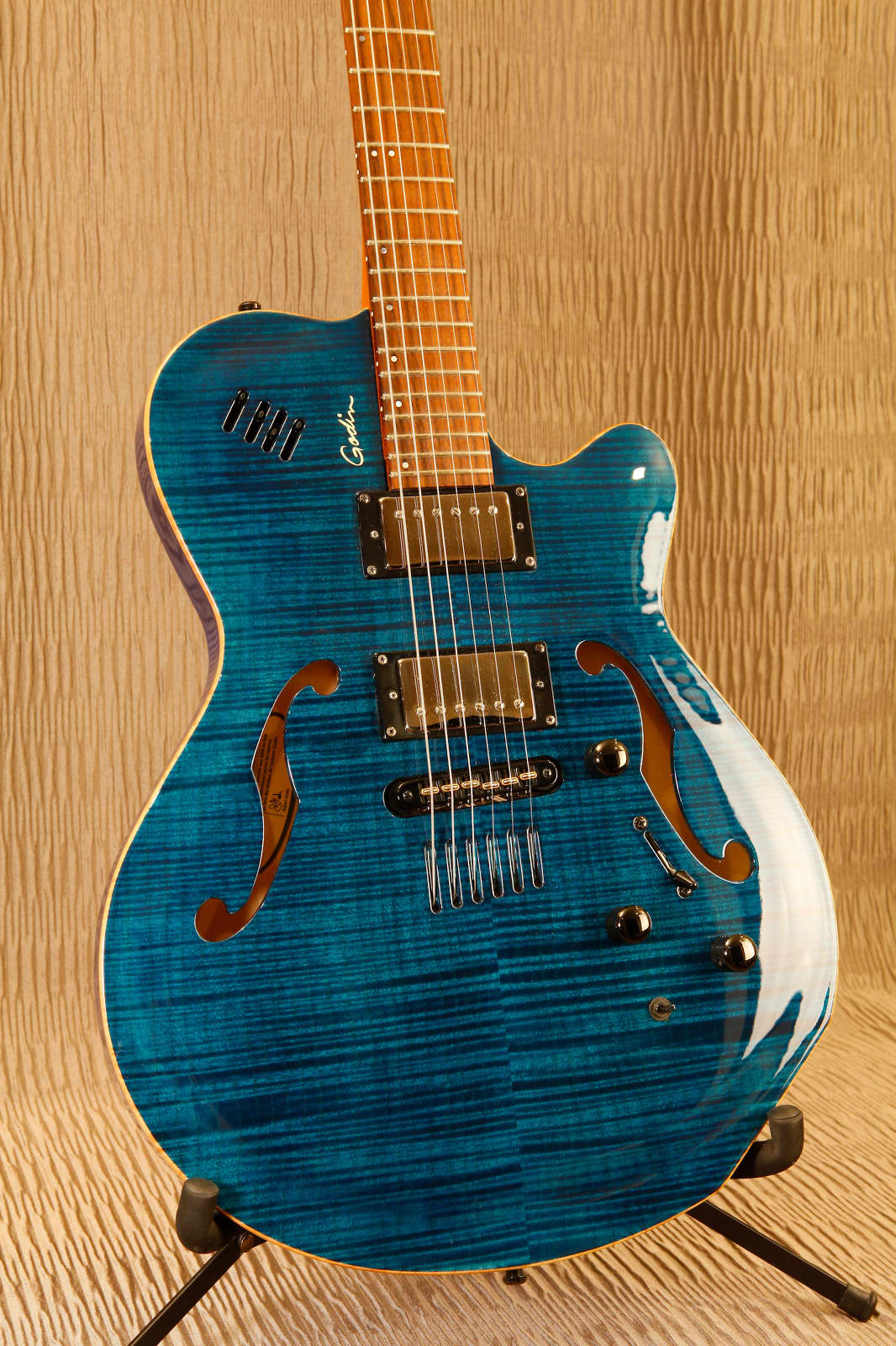 Dings And Dents >> Godin Flat Five X Flat 5 X 2003 Transparent Blue | Reverb