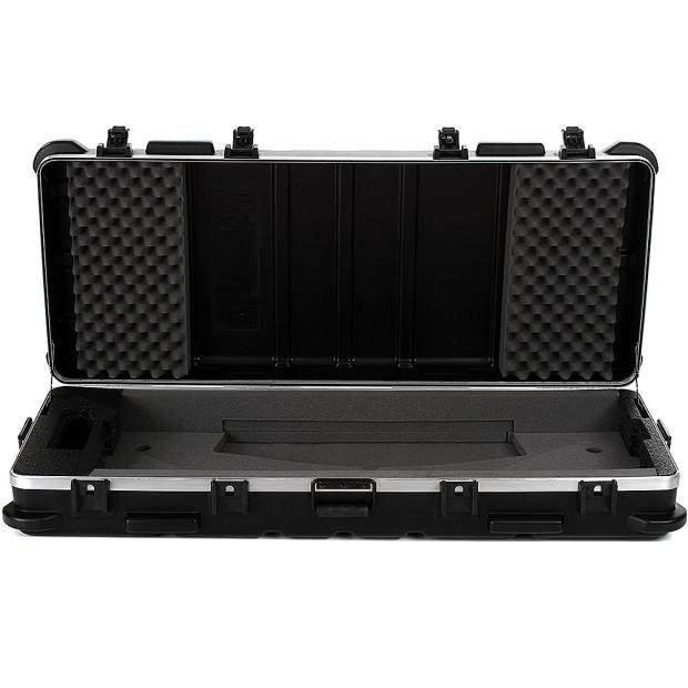 yamaha yctyros61 hard shell case for tyros 1 5 61 key keyboard black reverb. Black Bedroom Furniture Sets. Home Design Ideas