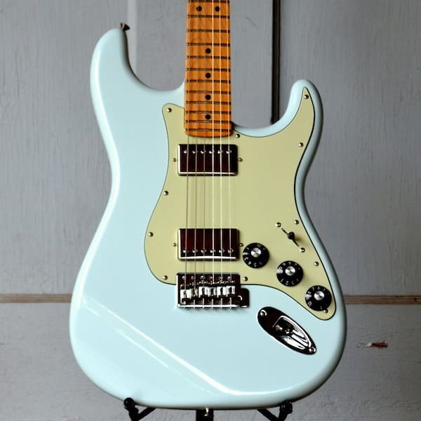 Fender Blacktop Stratocaster Hh Electric Guitar