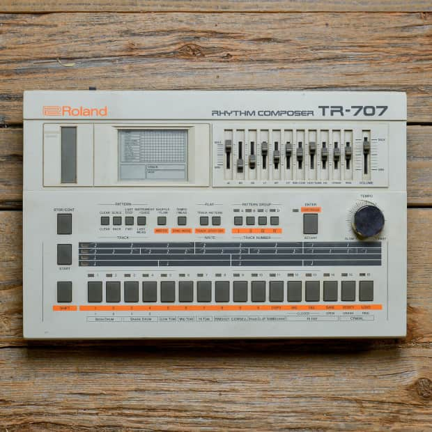roland tr 707 rhythm composer drum machine reverb. Black Bedroom Furniture Sets. Home Design Ideas