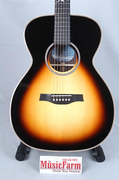 Seagull Artist Studio Concert Hall Sunburst Hg Acoustic
