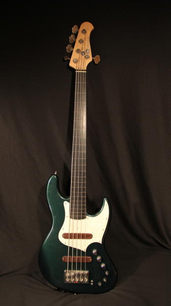 xotic guitars xotic xj 1t fretless bass 5 string 2011 cadillac green reverb. Black Bedroom Furniture Sets. Home Design Ideas