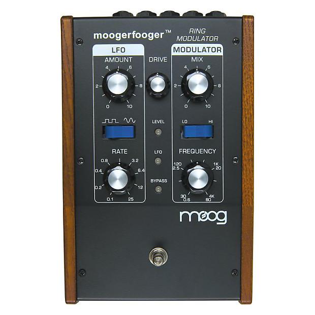 Moogerfooger Ring Modulator Tremolo