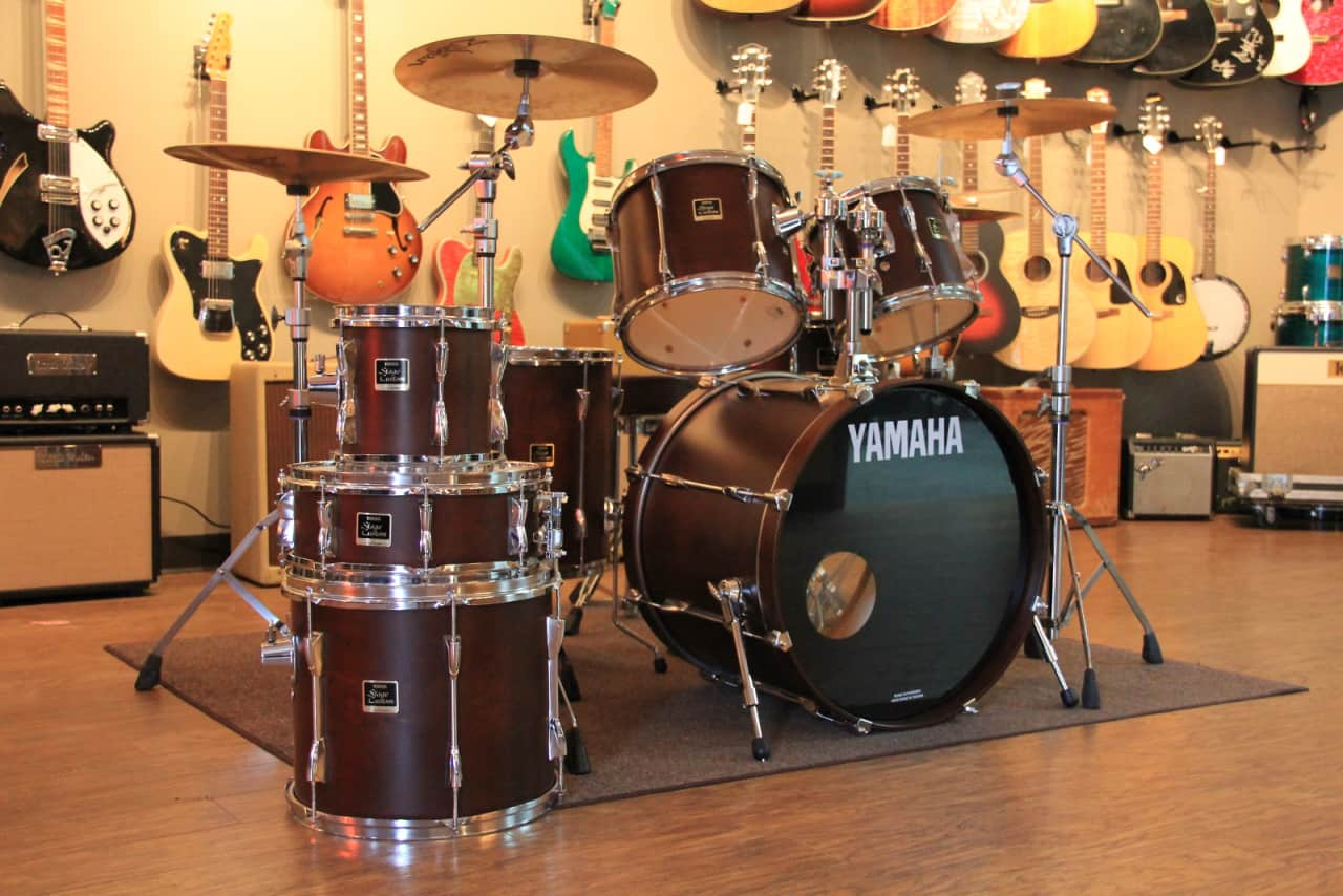 yamaha stage custom satin brown drum set with yamaha. Black Bedroom Furniture Sets. Home Design Ideas